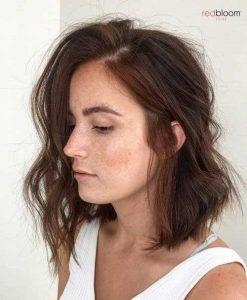 Cele mai recomandate tunsori bob pentru femeile cu parul ondulat