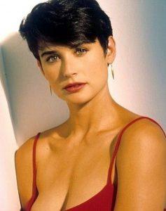 6 celebrități care au adoptat schimbări de look drastice! - SteMir
