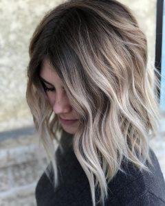 Coafuri elegante pentru părul lung 2020: nuanțele de ombre vă scot din anonimat oricând. - SteMir