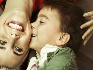 Mamele de băieți sunt mai fericite? Iată care sunt cele 10 motive pentru care ar putea fi. - SteMir